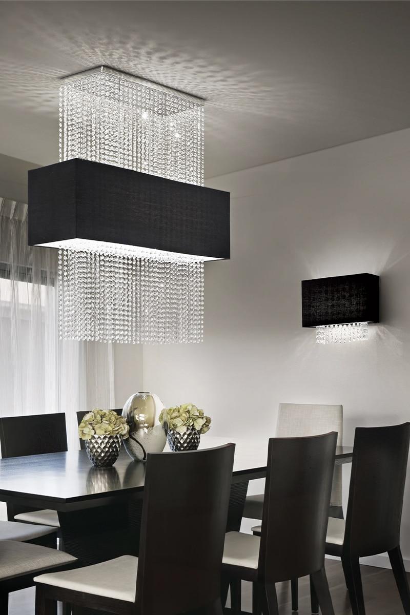 Ideal Lux is een Italiaans familiebedrijf dat al meer dan 40 jaar prachtige en exclusieve lampen verkoopt. Van klassiek vormgegeven glazen armaturen tot strakke en stijlvolle designlampen. Het merk onderscheid zich door een uitermate gunstige prijs-kwaliteit verhouding. Lightboxx is als een van de weinige in Nederland exclusief dealer van Ideal Lux.