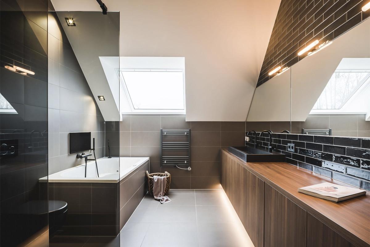 Woonboerderij Doornspijk - Badkamer verlichting ledstrips