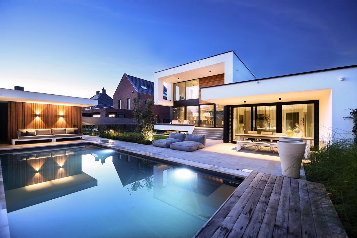 Lichtplan Voor Luxe Villatuin In Sambeek