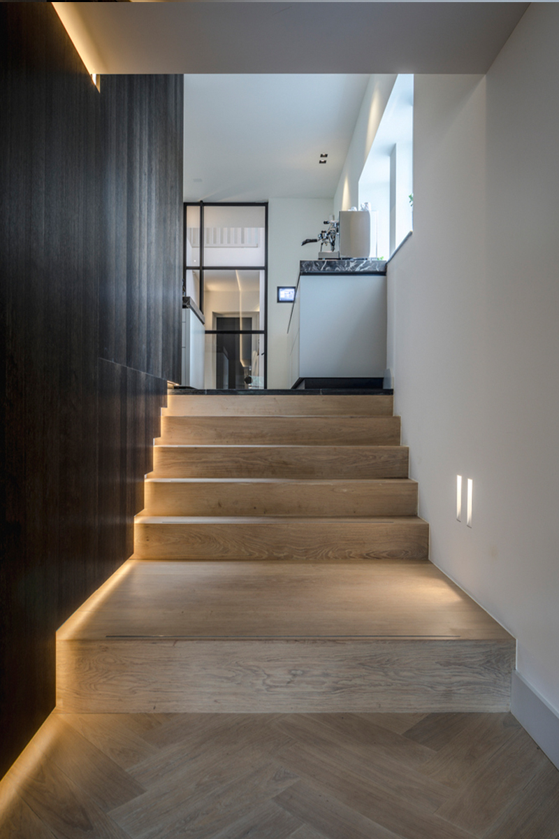 Indirecte led verlichting trappen