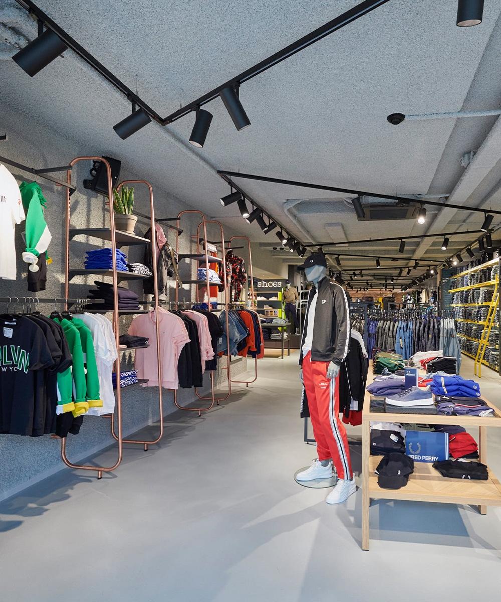 Winkelverlichting Helpt Je Te Onderscheiden En Verhoogt Je Omzet - Retail Verlichting